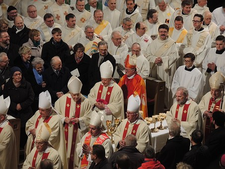 Spory w eugenice polskiej: Biskupi